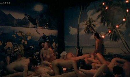 El chico del albergue suerte, y él con su vecino, follando chicas calientes serviporno vecinas por la anfitriona en la noche, dos veces con ganas de entrar en el grupo