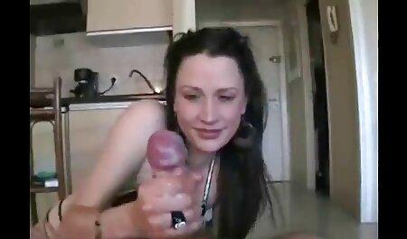 Una sargento con hermosas tetas se masturba delante de su novio mi vecina porn en cámara