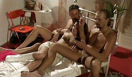 Debería darte vergüenza videos xxx con vecinas ser nudista y cerrar los ojos