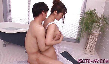 Después de tomar una foto de chicas calientes, la pasión ha organizado la vecinita tiene antojo porno una orgía deseo mujer no tiene que quedarse en el estudio y seducir al fotógrafo para jugar con él en un negligente