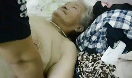 Ama de casa quema a video xxx la vecinita tiene antojo su hermana para la masturbación, y como él huele sus bragas