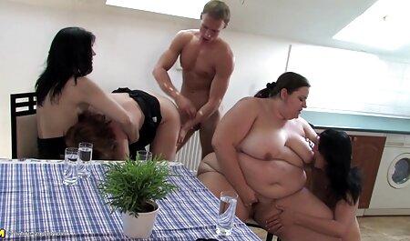 Obkurysh a su vecinas desnudas xxx vez el juego-el culo en el culo, pie de elevación